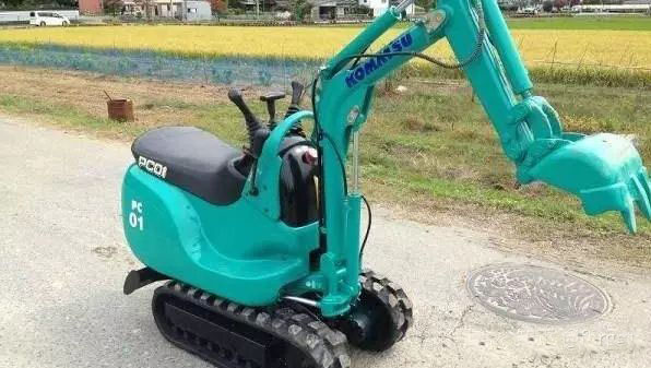 小挖掘机的作用